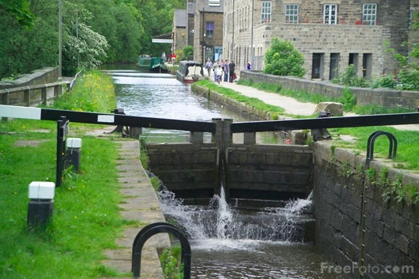 ---Hebden-Bridge--West-Yorkshire_web.jpg