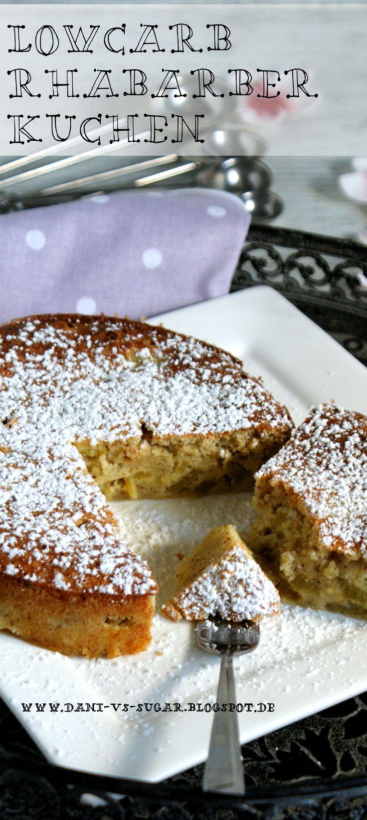 Ein wunderbar saftiger Lowcarb Rhabarber Kuchen mit gemahlenen Mandeln. http://dspot.de/2015/04/lowcarb-rhabarber-kuchen.html