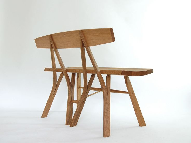 Angus Ross . Y bench