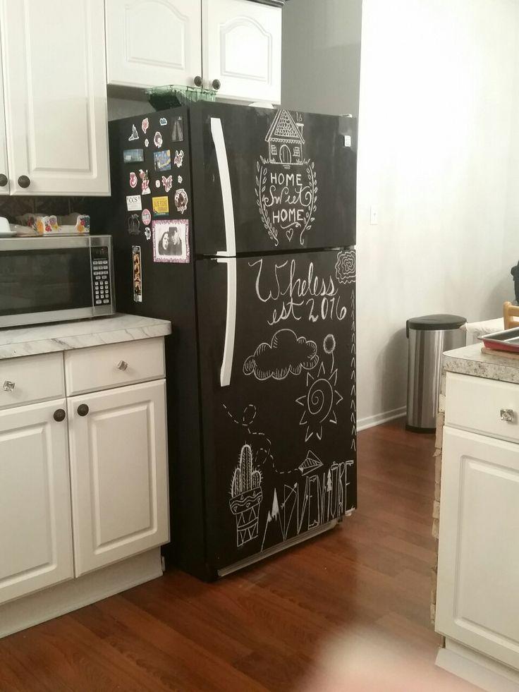 17 best ideas about chalkboard fridge on pinterest beer fridge chalkboard paint refrigerator. Black Bedroom Furniture Sets. Home Design Ideas