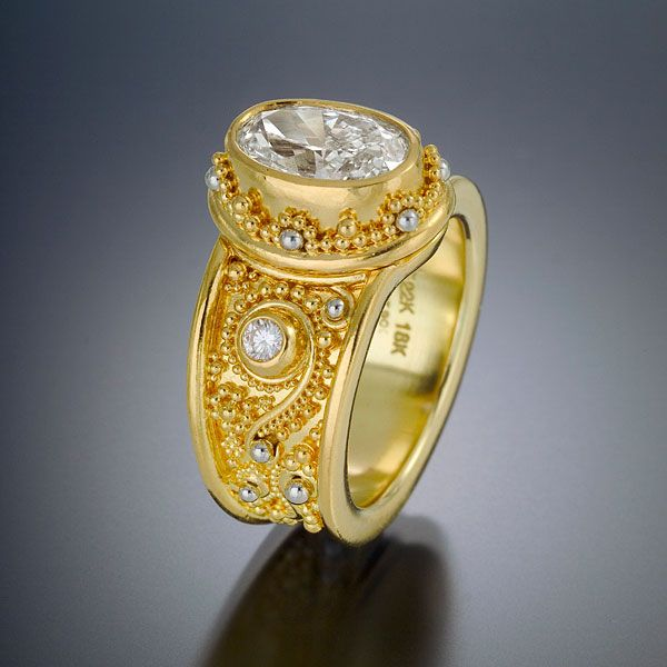 Ring diamond 22kt gold granulation wedding
