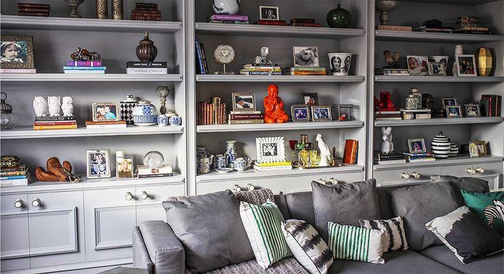 Clássico em tons de cinza: a sala de tv da Lu Tranchesi - Living Gazette