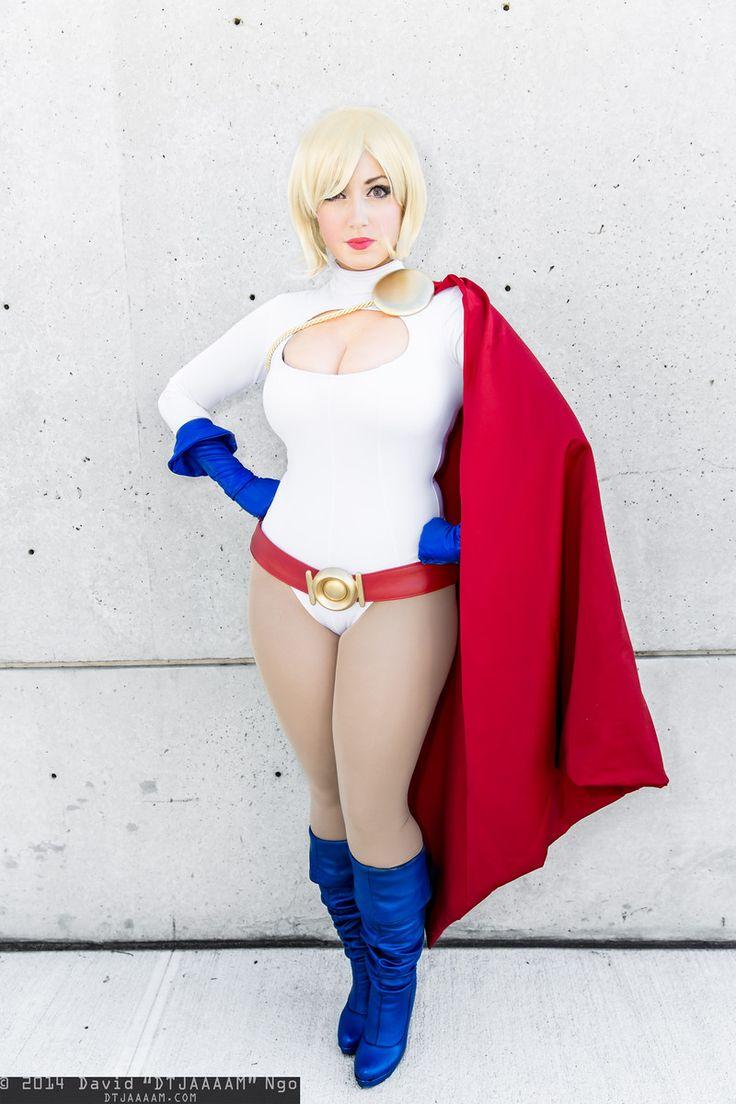 Power girl dc cosplay