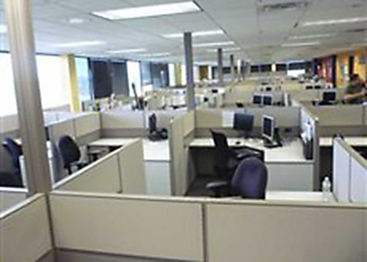 CA Office Liquidators Los Angeles has hundreds of used cubicles,used workstations and used office furniture available for sale. Our team of office space planners and installers will manage the delivery and installation of your new office furniture in LA, CA or elsewhere in Southern California.