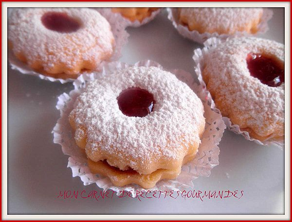 SABLES FONDANTS à LA CONFITURE,Biscuit fondant a la confiture de fraise