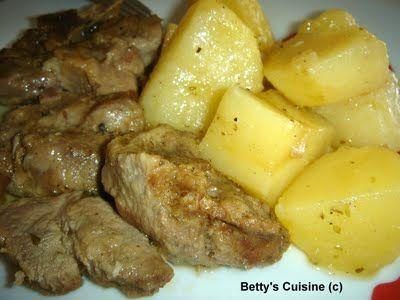 Betty's Cuisine: Χοιρινό λεμονάτο με πατάτες