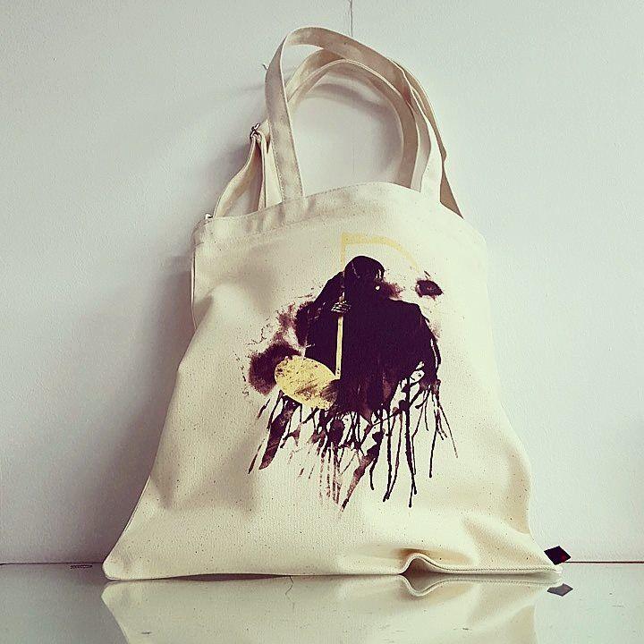 DEATH NOTE / Designed by Tobe Fonseca (Brazil) / Made by OneRevolt.com / #에코백 #원리볼트 #디자인 #아티스트 #티셔츠 #해골 #deathnote #death #캔버스백 #토트백