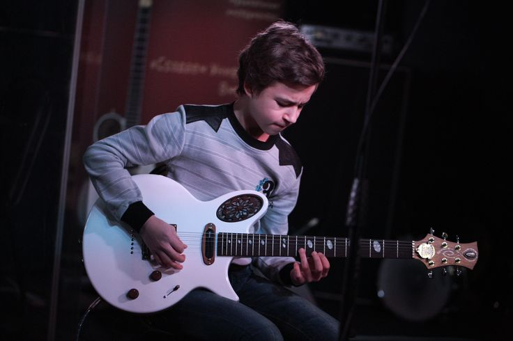 Young guitarplayer Kirill Sveshnikov with Universum Guitars Maria.  #UniversumGuitars #электрогитары #гитары #GuitarGear #hottestguitar #guitarpremium #6strings #guitartone #customguitars #guitar #electricguitar