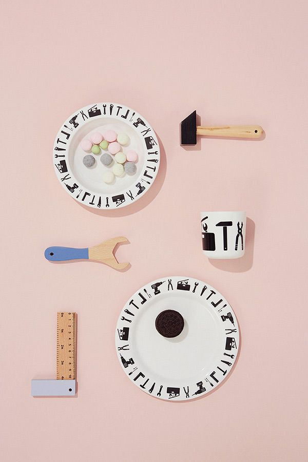 We have set the table for the little handy ones !  Say Hello to the 'Tool School* melamine set.