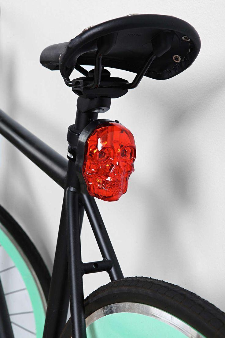 Koponyás világító kerékpár lámpa. Vízálló, könnyen,... 1490 Ft