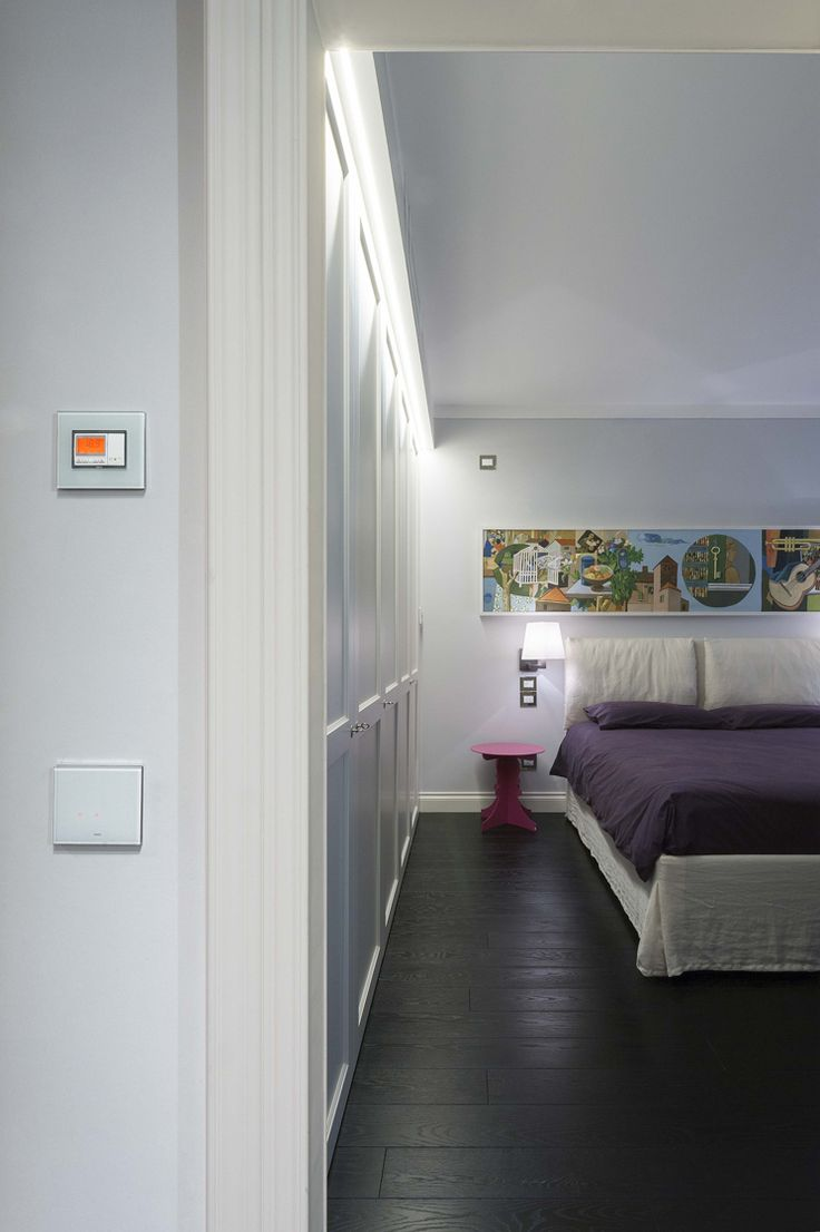 Vimar domotica By-me appartamento a Siena. Cronotermostato comandi Eikon Tactil acqua