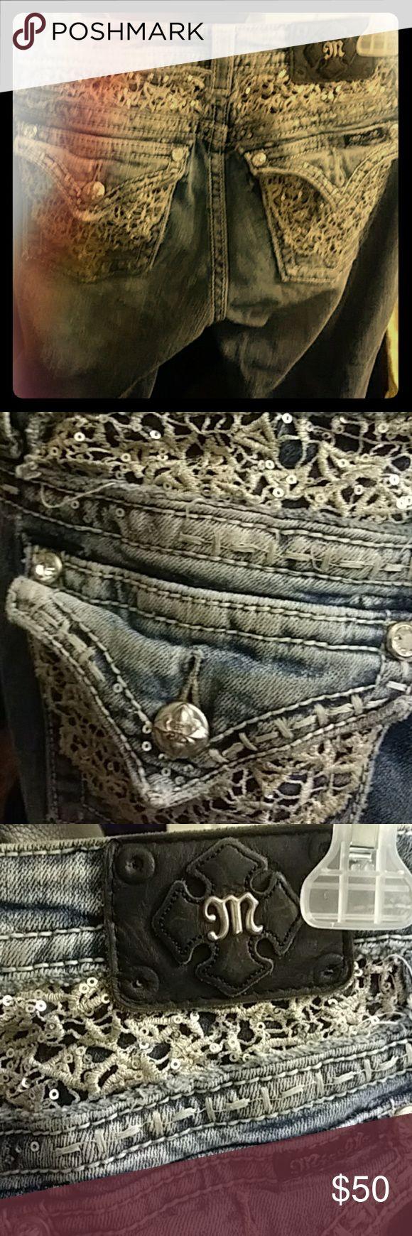 Miss Me size 27 cropped jeans Miss Me blue jean cropped pants Miss Me Jeans Ankle & Cropped