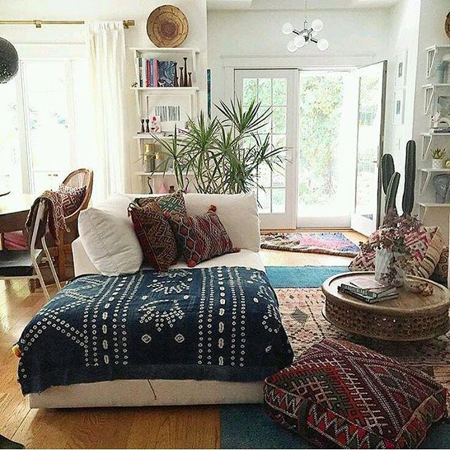 #ambiente # Espaço #personalorganizer #bomgosto #ideias #dicas #sala # decoração #arquitetura #aconchegante # romântico #estilo # móveis #projeto # Equilíbrio #charme #personalidade #originalidade #boho #organizcaodecasacynthianery #plantas #tranquilidade #paz # Equilíbrio #vida #cactus #janela