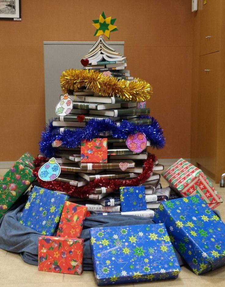 L'abre de nadal de la biblioteca