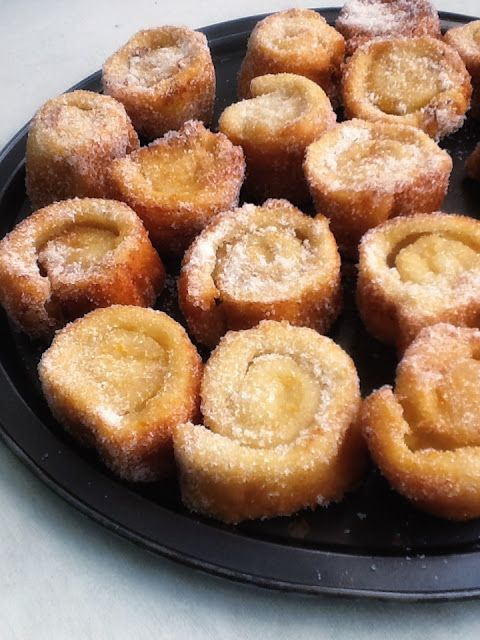 Torrijas de pan de molde rellenas de crema pastelera