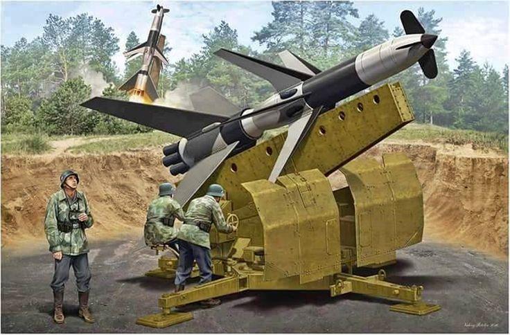 El Rheintochter fue ordenado en noviembre de 1942 por el ejército del Tercer Reich. Los disparos de prueba comenzaron en agosto de 1943 y se realizaron 82 disparos. También se desarrolló una versión lanzada desde plataformas aéreas, es decir, un misil AAM (Air to Air Missile, misil aire-aire). El proyecto fue cancelado el 6 de febrero de 1945. Un ejemplar de misil esta en exposición en el Museo de Tecnología Alemán, situado en Münich.