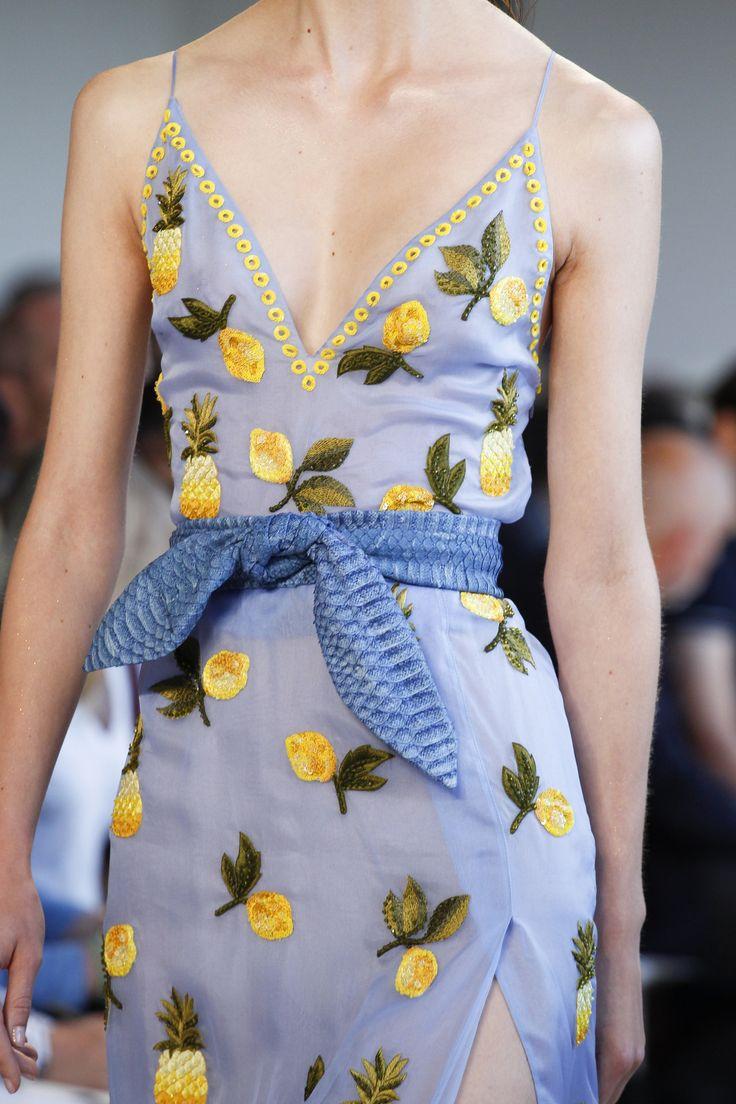 Altuzarra Spring 2017 Ready-to-Wear Fashion Show Details