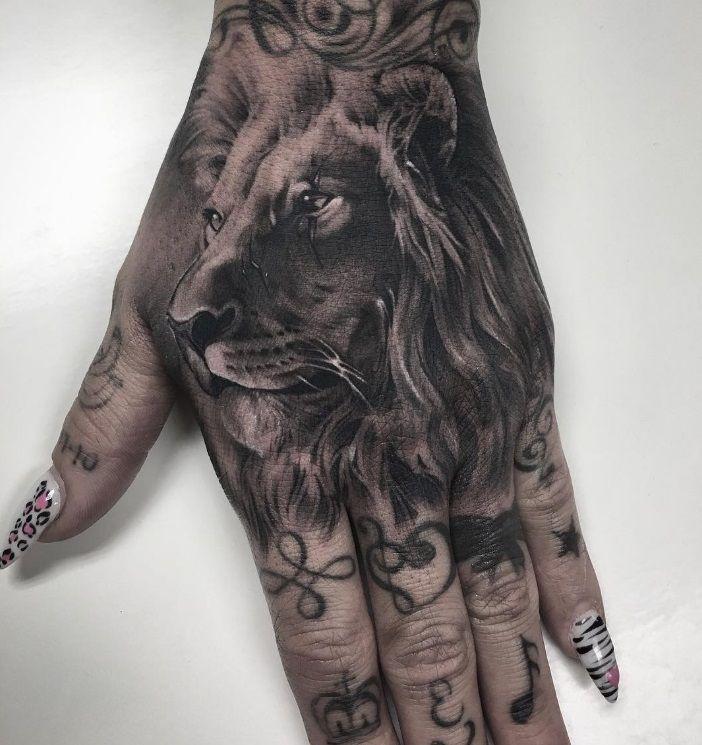 Creative Lion Tattoo On Hand