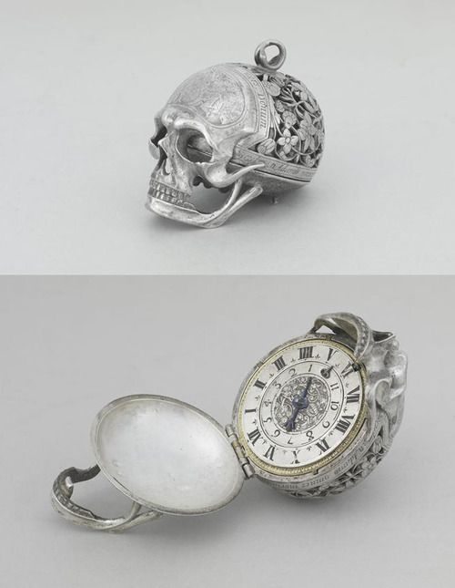 17th century silver skull watch, Louvre museum