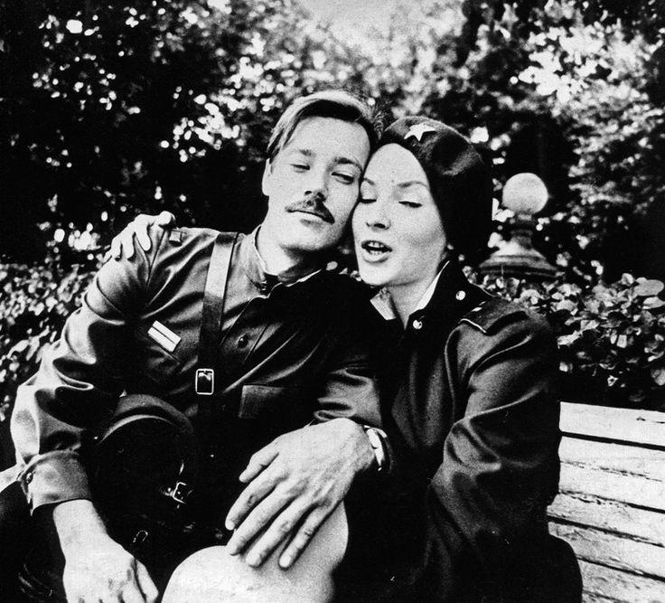 в перерыве между съемками Владимир Конкин и Наталья Данилова