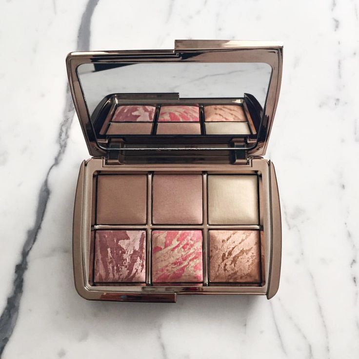 A palette of gorgeous shades of bronze.