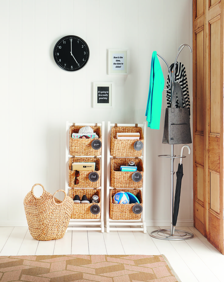 entrance organisation simplified If you ever spent time searching for your car keys, sunglasses or the kids library books on any given morning, an entryway catch-all system is for you..... #howardsstorage #christmaswishlist