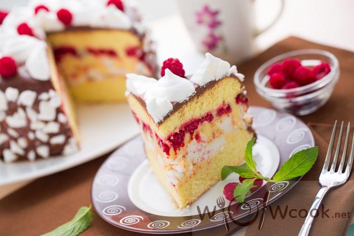 Вкуснейший бисквитный торт рецепт