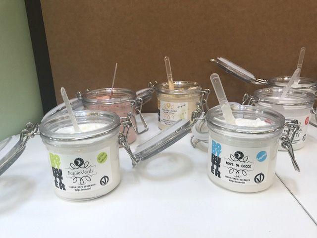 BodyButter sono emulsioni cremose illuminanti uniformanti per il corpo, a base di burro di karité puro ad altissima % e vitamina E
