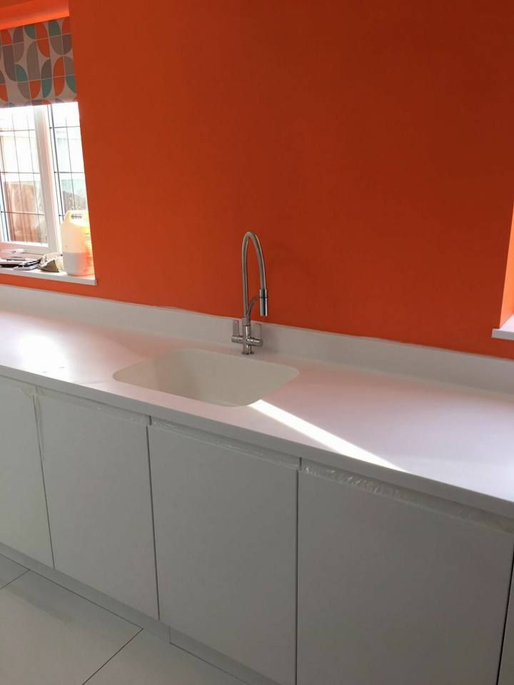 Strada White with Hanex worktops 1.3