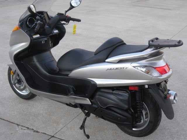 Used 2007 Yamaha Majesty 400 Scooter - Fast Fun - Payments OK See VIDEO Motorcycles For Sale in Ohio,OH. clear title WE TAKE PAYMENTS JUST NEED 20% DOWN WE TAKE ANYTHING IN ON TRADE WE BUY ANYTHING WE DELIVER OUR WEBSITE IS UPDATED EVERY HOUR WE HAVE OVER 10 BIKES A WEEK GO UP FOR SALE WHOLESALE ... SEE FULL DETAILS OVER 30 PICTURES AND VIDEOS OF ALL THE BIKES ON SALE RIGHT NOW GO TO W W W . RACERSEDGE411. COM