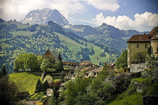 Chateau de Gruyere, Canton de Fribourg, Swiserland. By bass_nroll, via Flickr