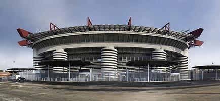 """Stadio Meazza-San Siro.Nel 1925 il Presidente del Milan,Piero Pirelli,sollecita la costruzione di uno stadio per ospitare le partite casalinghe del Milan,stadio diviene """"terreno amico"""" anche per l'Inter a partire dalla stagione 1947-48.Nel 1980 viene intitolato a Giuseppe Meazza,giocatore dell'Inter e Milan,2 volte Campione del Mondo con la Nazionale.In occasione della Coppa del Mondo'90,il Comune di MI decide di rinnovarlo creando 85700 posti a sedere al coperto. WWW.ORIZZONTENERGIA.IT…"""