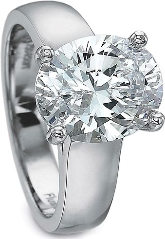 Oval thick band diamond ring