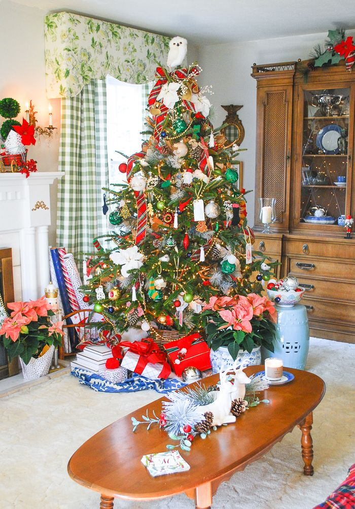 Preppy  Plaid Christmas Tree Bloggers Best DIY, Crafts and