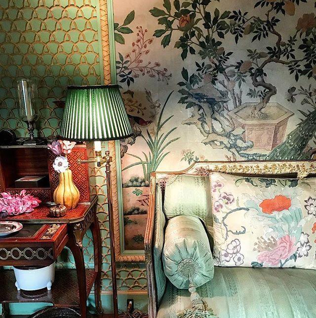 AT HOME WITH SUSAN GUTFREUND, Winter Garden Room, Upper