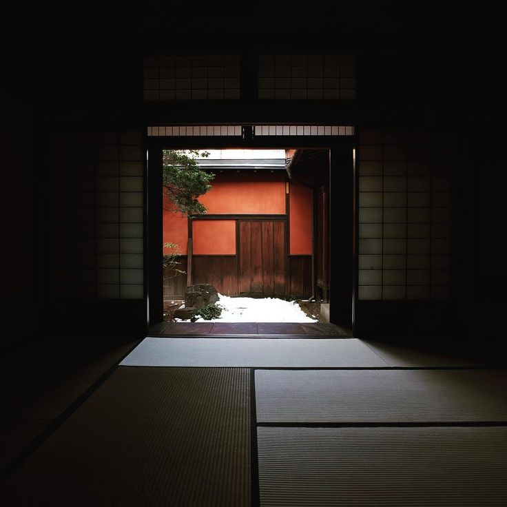 66 отметок «Нравится», 2 комментариев — ENYSi Travel Lab (@enysi_travel_lab) в Instagram: «#japanesearchitecture #hidatakayama #tatami #privategarden #gardendesign #tearoom #lightingdesign…»