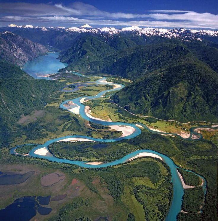 "leonardodicaprio: ""Protect the Puelo River and keep it flowing. #SalvemosElPuelo #Chile  Photo c/o Puelo Patagonia"""
