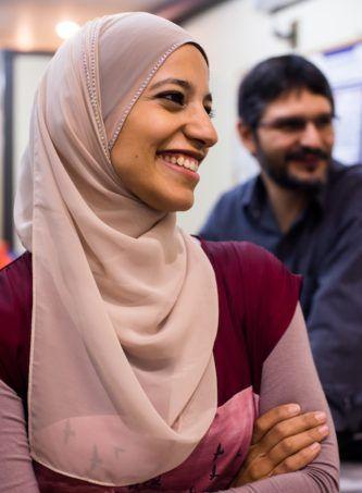 véu para mulheres muçulmanas com tecido leve