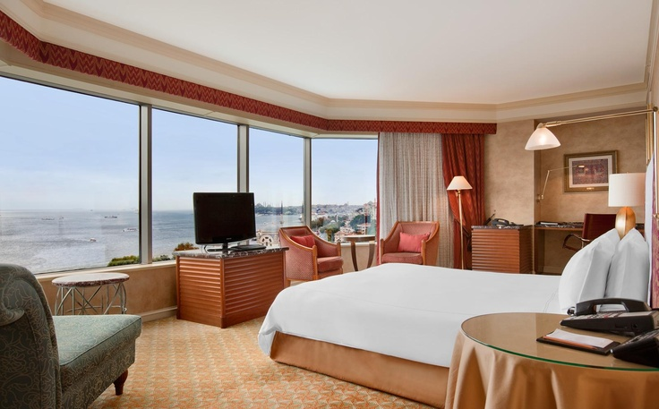 Swissotel the Bosphorus Istanbul -   Corner Room with Beautiful View of the Bosphorus