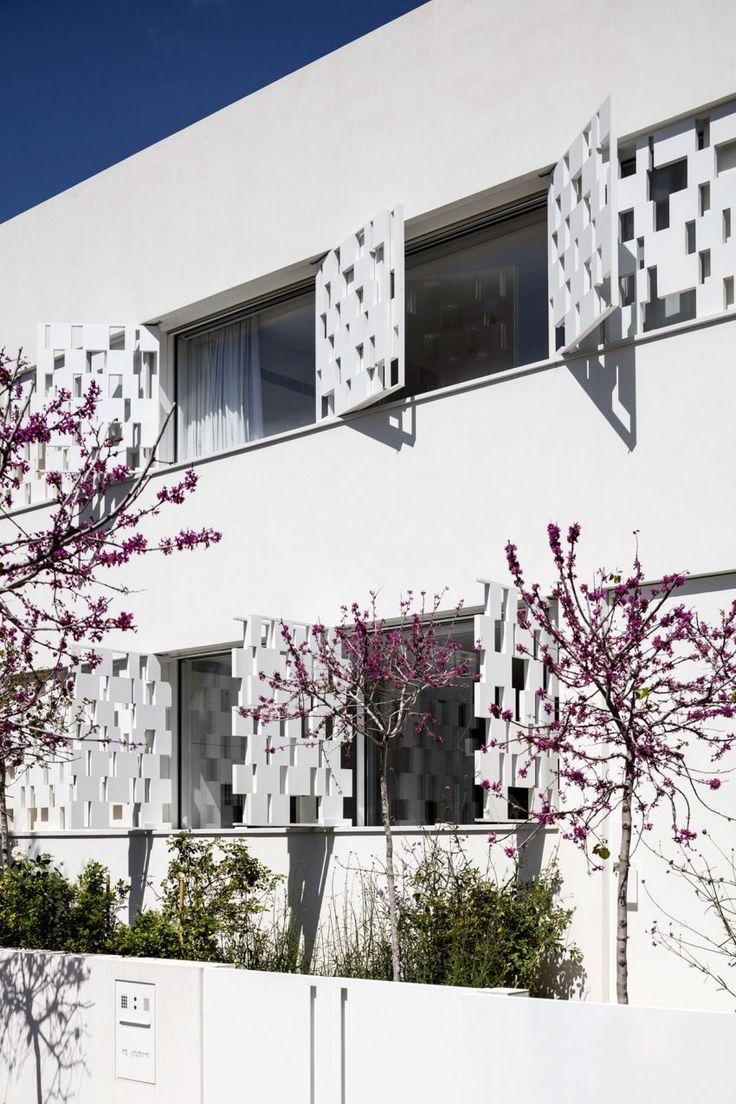 Tel Aviv House by Pitsou Kedem Architects (5)