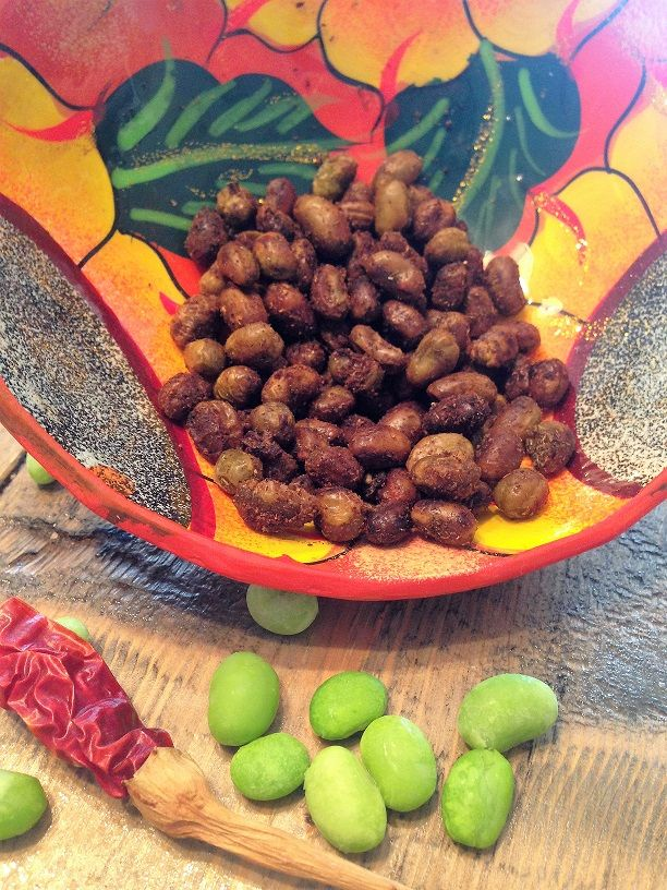 Edamames rôtis, saveur du Mexique 4 portions Ingrédients 500 ml (2 tasses) edamames surgelés 30 ml (2 c. à soupe) huile d'olive 5 ml (1 c. à thé) cumin moulu 5 ml (1 c. à thé) chili mexicain en poudre 2 ml (1/2 c. à thé) poudre d'ail 2 ml (1/2 c. à thé) origan…