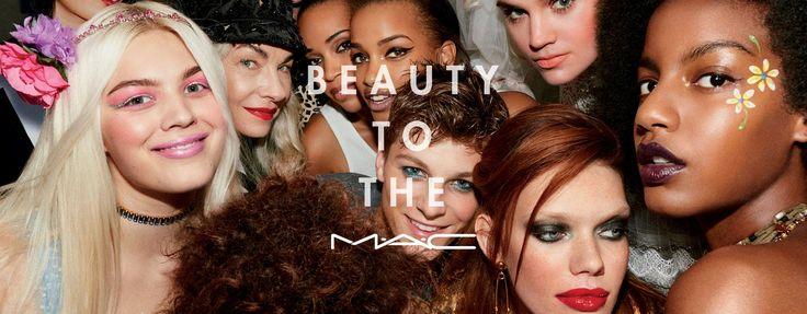 Makeup Services - Lezioni   Impara tutti i trucchi      30 MINUTI - €35  Focus a scelta su viso, labbra o occhi.  In omaggio €35 di prodotti.      90 MINUTI - €90  Impara tutto dai MAC Artist con una lezione completa.  In omaggio €90 di prodotti.