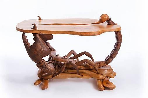 Volarikova / Ručne vyrobený stôl Škorpiona
