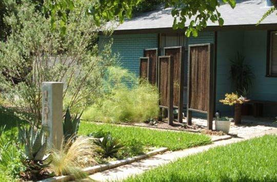 traditional privacy fences