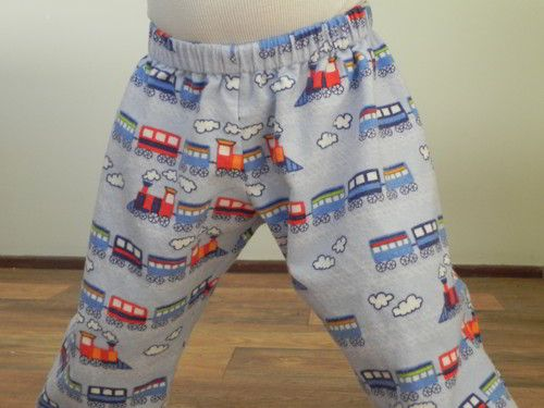 Free PJ Pants Sewing Pattern for toddlers and kids (18 months to 5 years)