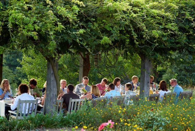 A Country Summer Dinner Party Menu  - CountryLiving.com