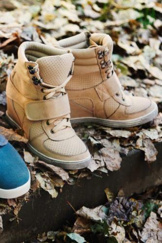 Spor Ayakkabı - Gizli Topuk Spor Ayakkabı
