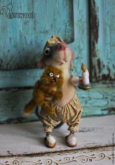 """Needle felted mouse with little scared cat. """"Do not be afraid, I am with you."""" By Natalie Kuznetsova - Russia"""
