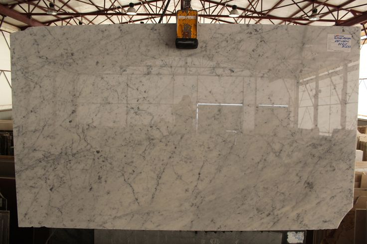 Белый мрамор Бьянко Каррара С.  #Мрамор #Marble #Marmor #Marbre #Marmo #Marmol White marble from Italy. http://www.jet-stone.ru/mcatalog/mramor/all/all/all/all