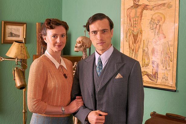 Home Fires: Frances Grey as Erica Campbell and Ed Stoppard as Will Campbell